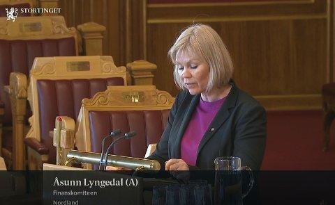 VIL HA SVAR: Åsunn Lyngedal mener en svært fordelaktig avtale om naturgass gjør det umulig for noen selskaper å konkurrere med Barents Naturgass.