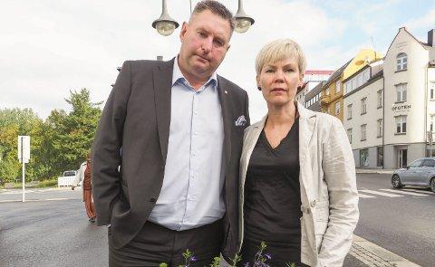 Etterlyser satsing pÅ godstoog: Ordfører Rune Edvardsen og stortingsrepresentant Åsunn Lyngedal.