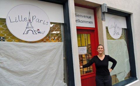 LILLE PARIS: Leketøysbutikken Lille Paris åpner i gågata onsdag. – Det er plass til to lekebutikker i Halden, tror innehaver Elsa Grai.