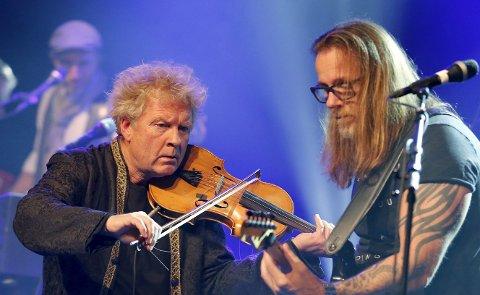 TO KONSERTER: Øyvind Staveland (t.v.), Bjørn Berge og resten av Vamp spiller to konserter i Festiviteten 6. og 7. desember. Den 8. står Høvleriet for tur.FOTO: Alfred Aase