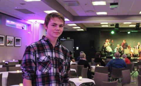 Yngst:  - Han er nok yngst, sier Gro Ravnå om Kent-Harry Johansen (19). foto : Benedicte Wærstad