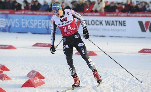 BESTE LANGRENNSTID: Emil Storjord Vilhelmsen hadde beste langrennstid i norgescupen i Holmenkollen. Bildet er fra i fjor høst i NM-langrennet på Beitostølen etter at de hadde hoppet i Midtstubakken.