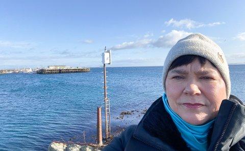 RIKTIG MILLIARDBRUK: Ragnhild Vassvik  mener penger til havneutbygging vil være en god måte å bruke krisemilliarder på. Her ved havna i hjembygda Gamvik. Der er det vedtatt mudring og molobygging, men viktig statlig avklaring gjenstår.