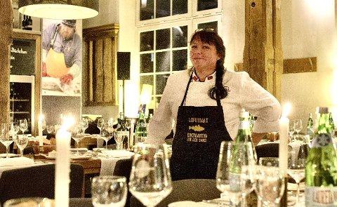 Kritisk: Restaurant-driver Siv-Hilde Lillehaug er kritisk til måten kommunen håndterte utbruddet på i den første fasen.