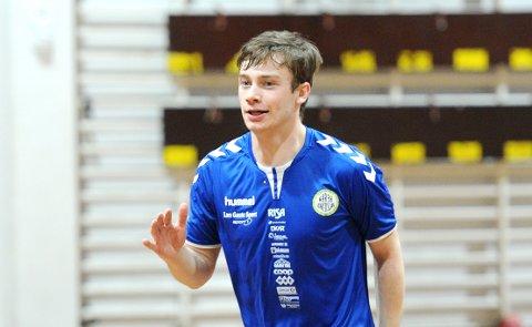 GIR SEG: Sindre Heldal skal spille for Nærbø ut sesongen.