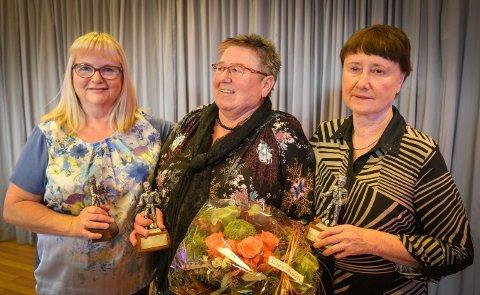 Denne trioen ble hedret for sin innsats i mange år for krisesenteret. Fra venstre: Vivi Ann Dyrkolbotn, Hege Kjennerud og Vigdis Engedalen.