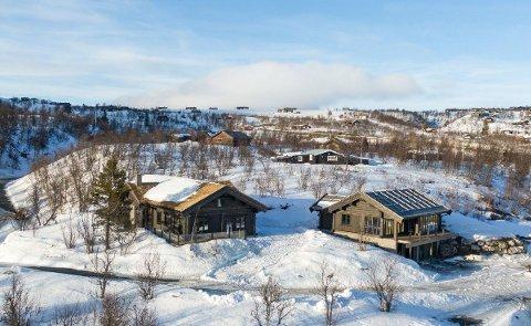 DYRESTE: Dette er hytta i Nørstebølia i Øvre Uvdal, som antakeligvis blir tidenes dyreste hytte i Numedal. Hvis den blir solgt til taksten på 13,5 millioner kroner.