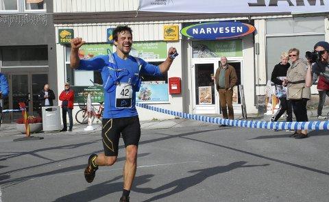 GULL: Kjell-Egil Krane Ingebritgsen tok gull i Sans Senja triatlon, og gjør seg klar til Lofoten triatlon om tre uker. Foto: Arkiv