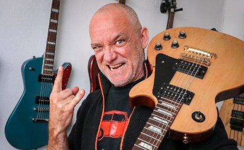 Tom Ostad fra Balaklava på Jeløya er vokalist og frontfigur i tungrockbandet Blodsmak.