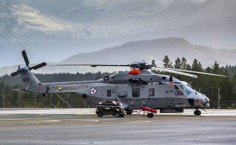 SIER OPP: Kravene til vedlikehold på NH90-maskinene og mangel på teknikere gjør at pilotene mister tid de skulle ha brukt på å fly. Dermed søker de seg bort fra Forsvaret.