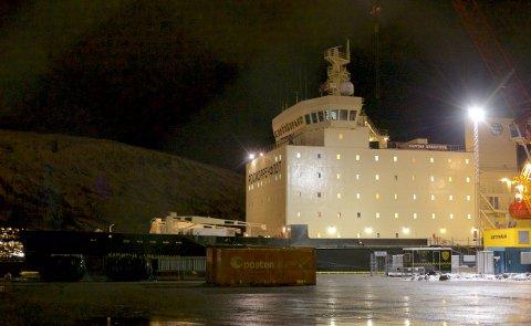 Den russiske isbryteren Kapitan Dranitsyn til kai i Breivika i Tromsø.