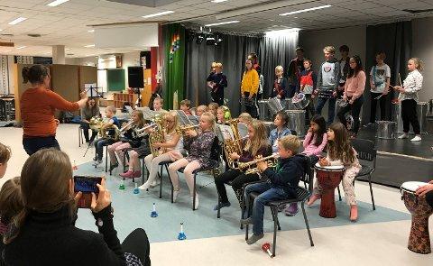 Både aspiranter, mellomkorps og hovedkorps fikk vise fram hva de hadde lært på en felles konsert på slutten av dagen