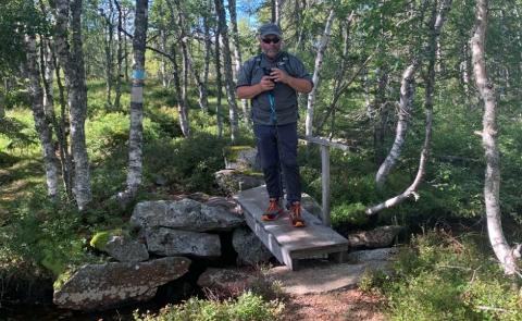 TOTENÅSSTIEN: - Jeg velger meg Totenåsstien framfor toppturer i kø i fjellheimen, sier Per Einar Starum.