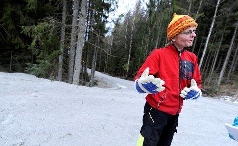 MOTARBEIDET: Grunneier Lars Juul føler seg motarbeidet av miljømyndighetene rundt arbeidet med å rense opp i Dalsbekken. Nå svarer han med å stenge friluftsorganisasjonene ute.