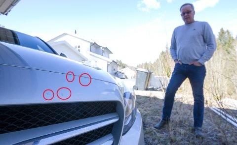 Sverre Hakestad anslår at omlakkering av fronten på Mercedesen til å koste mellom 30.000 og 40.000 kroner.