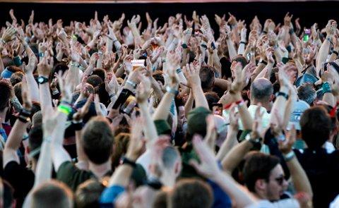 I sommer retter Røde Kors oppmerksomheten mot drukningsfare knyttet til bading i beruset tilstand under musikkfestivaler.