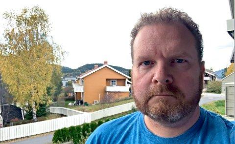 Nøttlending Eigil Kittang Ramstad jobber som frontsjef i Laagendalsposten på Kongsberg.
