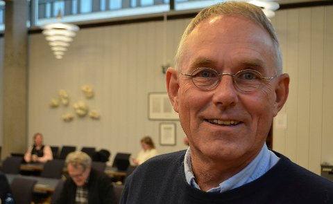 PÅ TIDE Å TENKE NYTT: Fylkestingsrepresentant Rune Øygarden (H) mener det er på tide å tenke nytt når det gjelder transportordninger i distriktene.