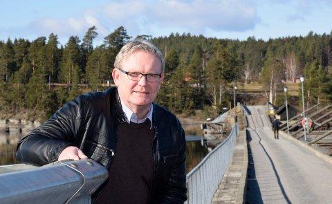 UFULLSTENDIG: Tom Olsen (Ap) mener Ringerikes Blads artikkel om Terje og Karin Lien var ufullstendig siden det ikke var med at Lien er grunneiere på Utsikten.