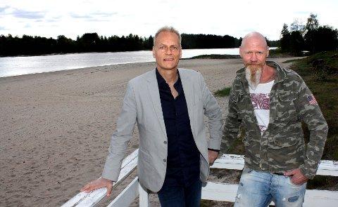 VIL HA  BÅTLIV: Utvikler Espen Skoglund (t.v.) og grunneier Tor Øverby ønsker seg marina med drivstoffanlegg.