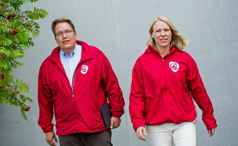 VETERANER: Sverre Myrli og Anniken Huitfeldt har til sammen snart 40 år på Stortinget. Nå kan de glede seg over en RB-måling som gir Ap-begeistring før de siste fire ukene av valgkampen.