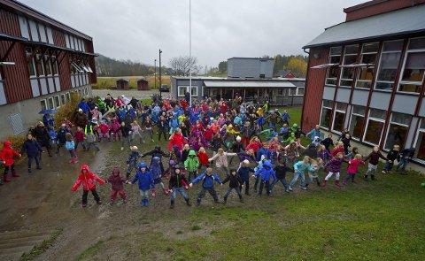 Populært område: Selvik er den kretsen som har størst folketall i Sande kommune. Bildet er fra FN-dagen i høst. Arkivfoto