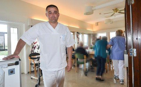 IKKE NOK: Zeljko Rajkov (38) er helsefagarbeider ved Nygård bo- og behandlingssenter. Han har i dag bare 75 prosent stilling fordelt på to tjenestesteder, men må likevel jobbe tre av fire helger hver måned.