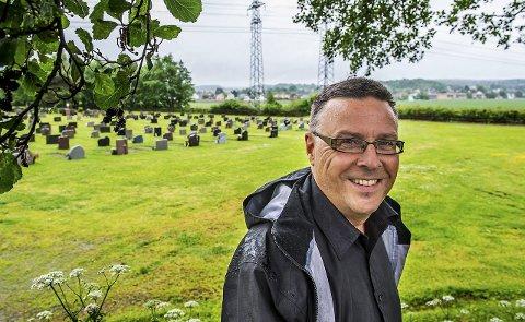 PENSJONIST: Kirkeverge Jon Veflingstad har sagt opp  stillingen som kirkeverge. 1. november blir han afp-pensjonsist.