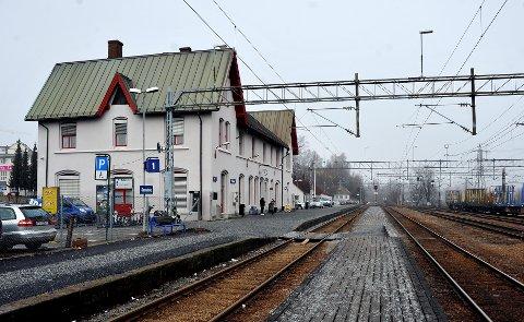 SAMME STED: Den nye jernbanestasjonen i Sarpsborg skal ligge i det samme området som den som ble tatt i bruk i 1979.