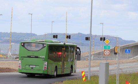 SYKKEL PÅ BUSS: Kolumbus har bestilt inn sykkeltilhengere til Ryfast-bussene. Arkivfoto
