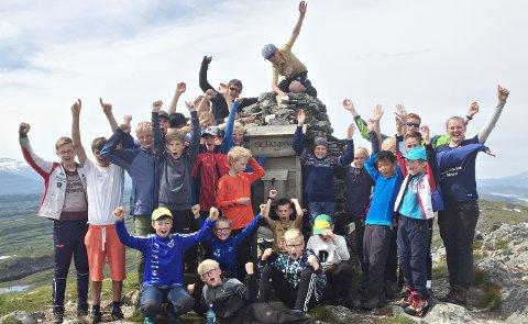I fjor var tur til Skåkleiva i Rindal en av aktivitetene i Småtrolluka. I år handler friluftscampen om oppdrag Folldal.