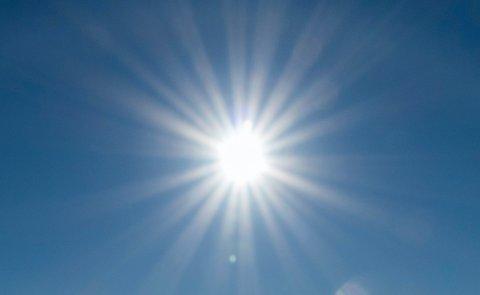 Det blir mye sol og mye varme på Nordmøre resten av denne uken og finværet kommer allerede i morra.