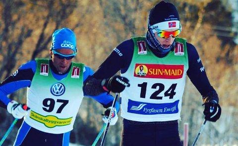 SESONGÅPNET: Eirik Mysen ble nummer fem i sesongåpningen i Sverige. Chris Jespersen (nummer 97) vant rennet.