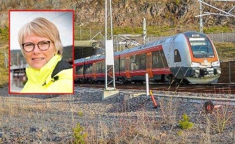 GLADNYHET TIL TØNSBERG: Utbyggingsplanene er optimalisert. – Dermed kan vi åpne sammenhengende dobbeltspor med to tog i timen på Vestfoldbanen til Tønsberg i 2024, et helt år tidligere enn først planlagt, sier Hanne Stormo i Bane Nor.