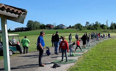GRATIS TILBUD: Nøtterøy Golfklubb fortsetter med gratis trening for barn etter at klubben nå mottar 64.000 kroner nettopp til dette formålet.