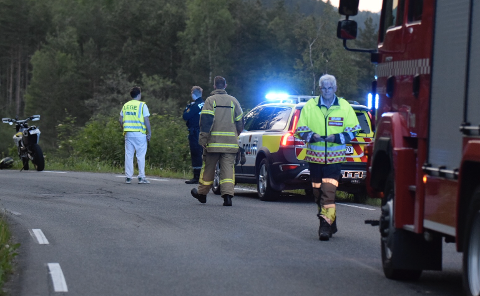 Nødetatene var raskt på plass fra både Kvinesdal og Flekkefjord, men livet stod ikke til å redde.