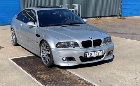 STJÅLET: Denne bilen ble stjålet fra et lager på Lista. Politiet ber om publikums hjelp.