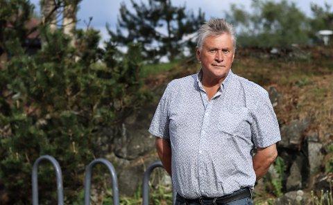 Nils Ole (65) vart skulda for å vera valdeleg mot ein elev. No står han fram.