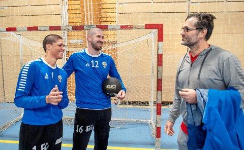 Zivojin Ilic sammen med keeperkollega Christian Morillo Lyngbø og keepertrener Jan Stankiewicz.