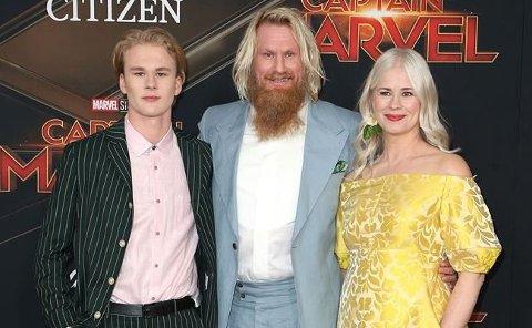 I'M WEARING MYSELF: På premieren til «Captain Marvel» hadde Thea Temte designet og sydd sin egen kjole.
