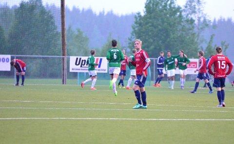 Stian Eriksrud og Råde fikk det tøft borte mot Moss 2 mandag kveld. Her fra da laget tapte mot Selbak tidligere i år.