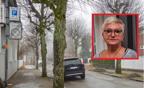 KULÅS ØST: Skiltet markerer boligsone Kulås øst. Det er her Marit Gabler snart kan parkere med  parkeringstillatelse som beboer bosatt umiddelbart utenfor sonen.
