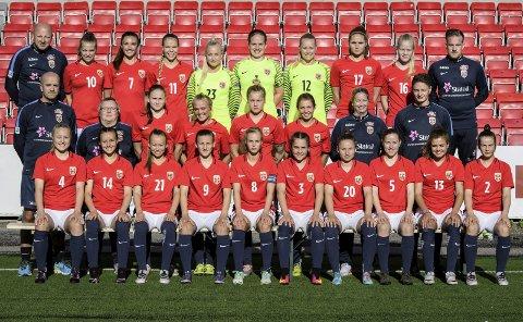 TRE KAMPER: J19 landslaget er i Slovakia for EM-sluttspill. De skal spille tre kamper den neste uken. Foto: Trond Tandberg/Getty Images