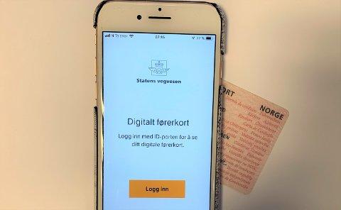PÅ MOBILEN: Fra i dag kan du laste ned førerkortet ditt på mobilen.
