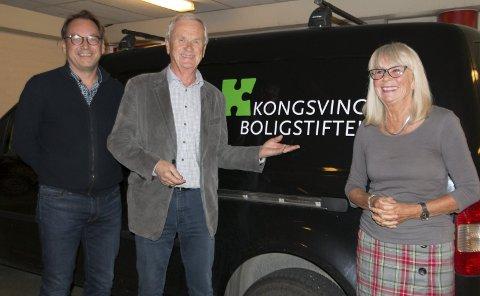 VIL HA DIALOG: Ledelsen i Kongsvinger boligstiftelse ønsker snarlig dialog med kommunen om hvordan samarbeidet om boligforvaltningen kan være, forsikrer daglig leder Geir Hagerud (fra venstre), styreleder Rune Løvberg og nestleder Karin Trosdahl. FOTO: PER HÅKON PETTERSEN
