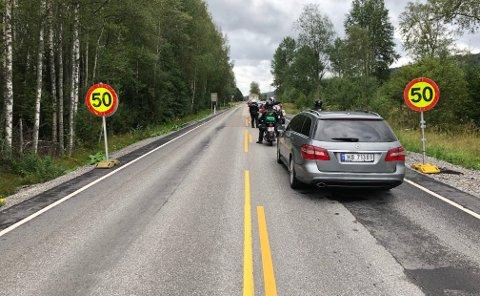 KØ: Alle som ferdes på fylkesvei 24 må regne med noe forsinkelser i tida framover.