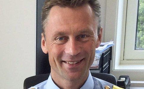 MÅ HA REGLER: – Politiet kan ikke lenger tillate større russearrangement der det ikke er regler for alkoholkonsum, skriver Jon Steven Hasseldal, politimester i Østfold