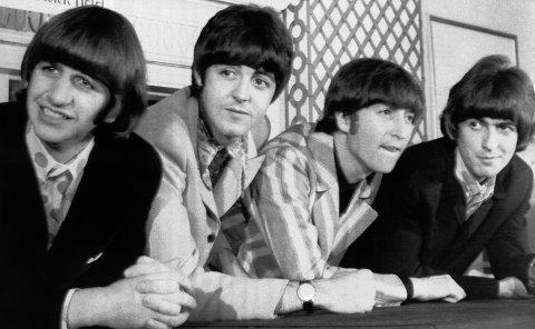 ALLTID POPULÆRE: The Beatles, fra venstre Ringo Starr, Paul McCartney, John Lennon og George Harrison, varte bare i sju år, men satte et evig preg på musikkhistorien.