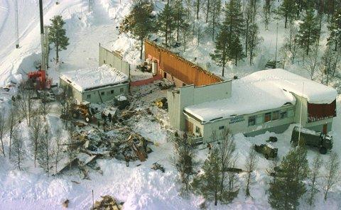 ULYKKEN: Slik så samfunnshuset ut etter ulykken.