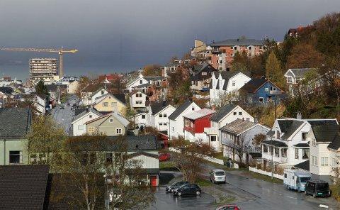 Alstahaug kommune planlegger å få inn 5,8 millioner mer i eiendomsskatt i år enn i fjor. Illustrasjonsfoto: Kari-Ann Dragland Stangen